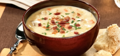 Hearty Potato and Cheddar Soup With Bacon